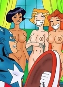 Three Totally spies girls sucking big dick of captain America